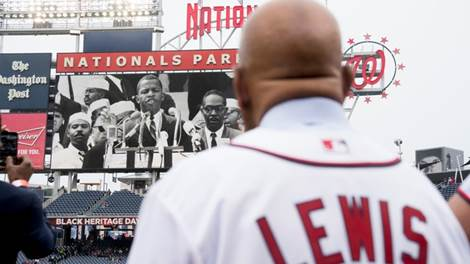 Black Heritage Day at Nationals Park honors Jackie Robinson | WJLA