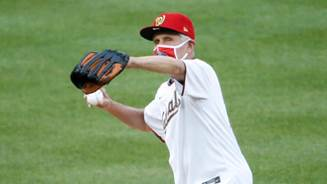 Dr. Anthony Fauci throws first pitch at Nationals-Yankees MLB opener