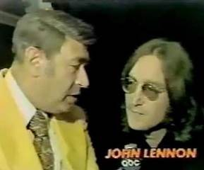 John Lennon talks about football with Howard Cossell - YouTube